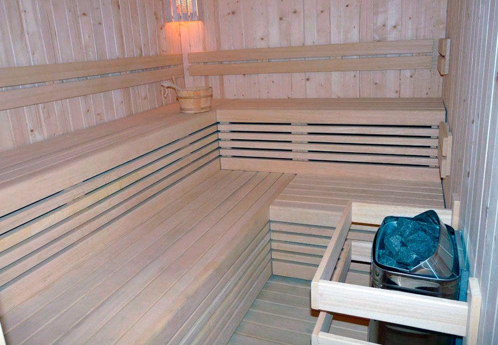 Sauna de vapor instalada por ACG Piscinas A Coruña
